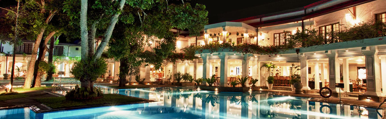 Mahaweli Reach Hotel - Kandy