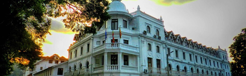 Hunas Falls Hotel - Kandy